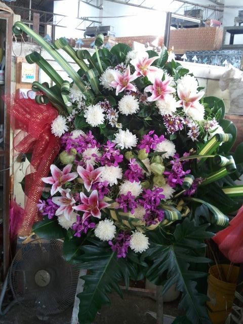 ให้บริการหลังความตาย โลงศพ รถรับศพ ดอกไม้ ครบวงจร