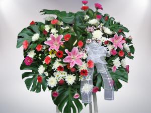 พวงหรีดดอกไม้สด หีบศพ โลงศพ สุริยาหีบศพ เราเป็นผู้เชียวชาญในธุรกิจหลังความตาย