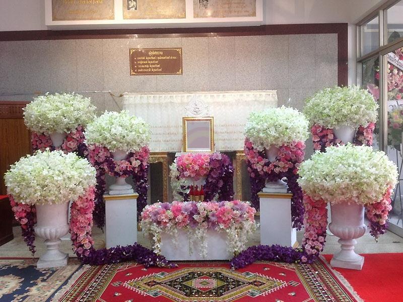 หีบศพ โลงศพ สุริยาหีบศพ เราเป็นผู้เชียวชาญในธุรกิจหลังความตายมากว่า 30 ปี และมีหีบศพทุกประเภท ไม่ว่าจะเป็น หีบศพ ไม้สัก หีบศพ