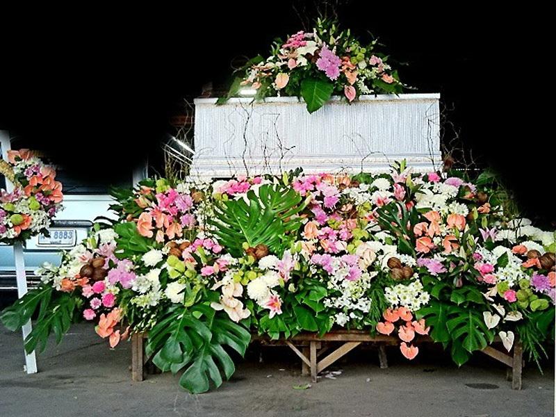 จัดดอกไม้หน้าศพแบบสวน