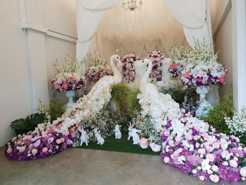 ดอกไม้หน้าศพแบบโมเดิร์น จัดดอกไม้หน้าศพศพ สุริยาหีบศพแบบครบวงจร