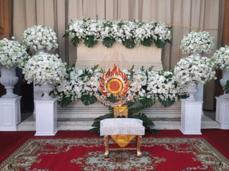 Platinum B บริการหลังความตายแบบครบวงจร สุริยาหีบศพ