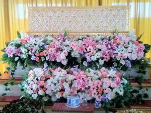 จัดดอกไม้หน้าศพ โลงศพ ดอกไม้หน้าศพ รับจัดดอกไม้หน้าศพ